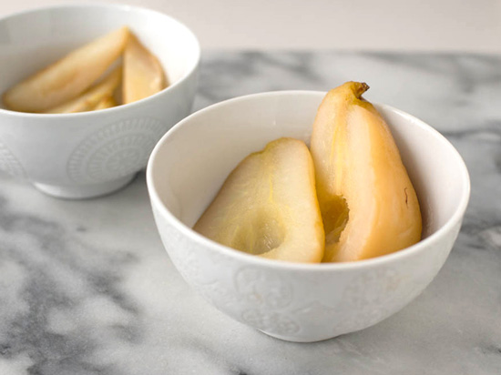 The Everyday Chef: Honey Ginger Poached Pears