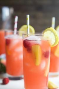Homemade-Raspberry-Peach-Lemonade-Recipe-web-6
