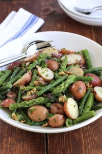 Potato-salad-with-green-beans-and-asparagus-1