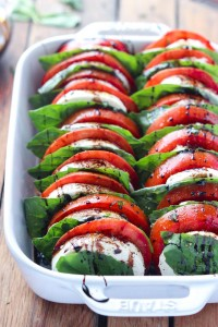Tomato-Mozzarella-Salad-with-Balsamic-Reduction-6
