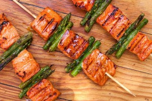 grilled salmon and asparagus kebabs