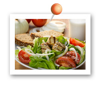 Click to view larger image of Vidalia® Onion and Tomato Salad with Grilled Tuna : Fill Half Your Plate with Fruits & Veggies : Fruits And Veggies More Matters.org