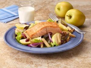 pan_seared_salmon_apple_salad_500
