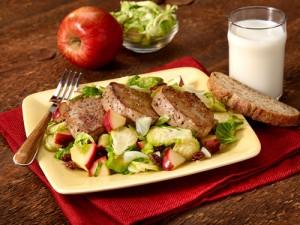 pork_tenderloin_brussels_apple_salad_500