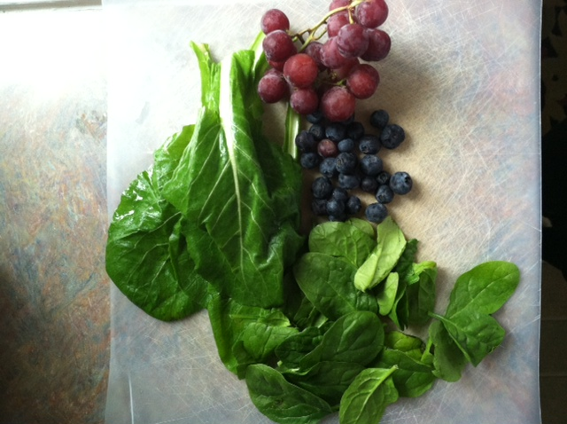 Ingredients for smoothie.