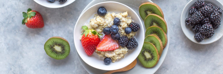 banana berry oatmeal